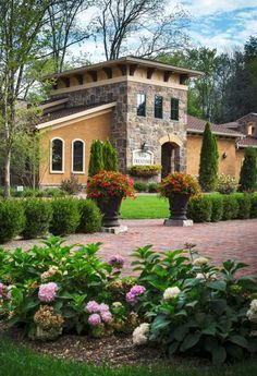 The Villas at Gervasi Vineyard, Canton, Ohio—just one of 45 Midwest resorts we love: http://www.midwestliving.com/travel/around-the-region/ultimate-midwest-resorts?page=5