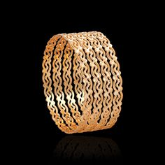 These pacheli gold bangles collection will take you to the vintage world. Get that traditional look & flaunt these ethnic bangles from Zar Jewels for any occasion. Plain Gold Bangles, Gold Bangles Design, Gold Plated Bangles, Gold Earrings Designs, Gold Jewellery Design, Ethnic, Kids Frocks, Jewels, Krishna