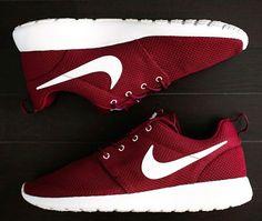 quality design 8f140 4e54a Nike Roshe Run Womens Mens Mesh Maroon Red White Burgandy