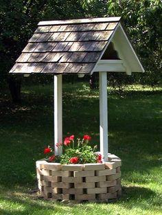 R14-515 - Wishing Well Planter using Bricks and Wood Vintage Plan