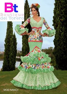Traje de flamenca modelo Nancy Costumes Around The World, Spanish Culture, Flamenco Dancers, Edwardian Dress, Frou Frou, Boutique, Anime Art Girl, Party Wear, Vintage Outfits