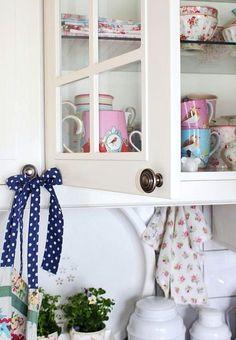 Cupboard ~ GreenGate - Pip Studio kitchen RHS