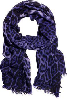 ShopStyle: Yves Saint Laurent Leopard-print cashmere-blend scarf