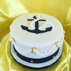US Navy Cake This fine cake is perfect for a brave son ready to pursue his dreams. Anchor Birthday Cakes, Anchor Cakes, Nautical Wedding Cakes, Nautical Cake, Navy Party Themes, Navy Cupcakes, Cake Decorating Amazing, Sailor Cake, Boat Cake