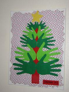 What a Team!: Feeling Crafty! Family Handprint Christmas Tree