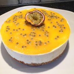 Coffee Recipes, Raw Food Recipes, Dessert Recipes, Desserts, Vegan Cheesecake, Sweet Pie, Fika, Cheesecakes, Tart