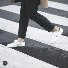 Cómo nos gusta @mordovas pisando con estilo las calles de Madrid con sus #fredperryshoes! by _nadiecomotu_