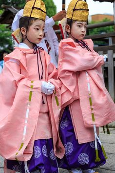 2 boys wearing kariginu (Gion Festival): Hanakeshiki -KWC PhotoBlog