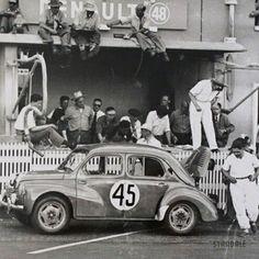 Renault 4cv race