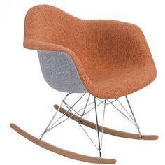 Organikus, formázott ülés, az íves fa lábak igazán vonzzák a tekinteteket! A P018 RAR Duo hintaszékeket elsősorban azoknak ajánljuk, akik szeretik a merész színeket és egyedi megoldásokat. Innovatív belső és klasszikus terekbe tökéletesen beleillik. Rocking Chair, Fa, Furniture, Home Decor, Chair Swing, Decoration Home, Room Decor, Rocking Chairs, Home Furnishings