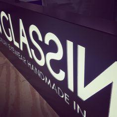 New Box Led #insegneluminose : www.inventivashop.com/insegne-luminose-40 Tech Companies, Company Logo, Led, Logos, Logo