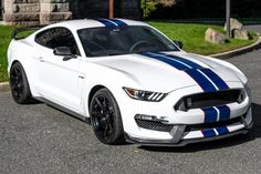 """For Sale: 2017 Ford Shelby Mustang GT350 (Oxford White, 5.2L """"Voodoo"""" V8, 6-speed, 12K miles)"""
