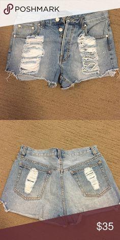 MINK PINK SLASHER SHORTS High waisted slasher shorts! MINKPINK Shorts Jean Shorts
