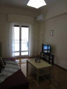 ΜΑΚΡΥΓΙΑΝΝΗ Ακρόπολη, διαμέρισμα 77 τ.μ., 3ου, 2 υ/δ, μπάνιο, αυτόνομη θέρμανση, κλιματισμός, τέντες, άριστη κατάσταση, καθιστικό με διπλό καναπέ κρεβάτι, TV, WiFi, άνετη κουζίνα με καθιστικό φαγητού, βεράντα, σεντόνια, πετσέτες, εξοπλισμός κουζίνας, κλιματισμός, ενοικιάζεται με την ημέρα, με τη βδομάδα, μήνα, δίμηνο η τρίμηνο στην τιμή δεν συμπεριλαμβάνεται το ρεύμα καλέστε στο 6938 - 931801 για διαθεσιμότητα και κρατήσεις, τιμή 550€ , 2130389189, 10:00-22:00