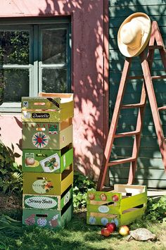 Recycler des cagettes du marché pour tout ranger chez soi - Création : Béatrice Tollu - Photos : Christian Hochet