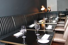 Fitz Impressions manufactured and installed new and bespoke restaurant furniture and banquette seating for the US-inspired Avenue Restaurant in Mayfair, London.
