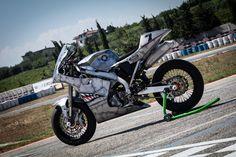 Supersingle Suzuki RM 450 - FMW - RocketGarage - Cafe Racer Magazine Cafe Racer Magazine, Sportbikes, Scrambler, Bobber, Motorcycle, Vehicles, Crotch Rockets, Biking, Sport Bikes