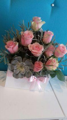 Glass Vase, Succulents, Plants, Home Decor, Homemade Home Decor, Succulent Plants, Plant, Interior Design, Home Interiors
