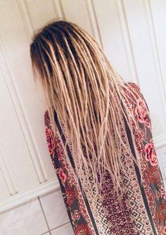 New Ideas Haircut Masculino Curto Crespo – Pin to pin Hippie Dreads, Dreads Girl, Hippie Hair, Blonde Dreadlocks, Dreadlock Hairstyles, Fancy Hairstyles, Bohemian Hairstyles, Wedding Hairstyles, Beautiful Dreadlocks