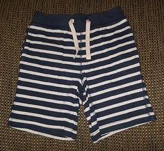 Baby Gap boys 4T pull on blue white striped shorts