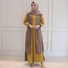 Vania Maxi Dress Harga Matt : Moscrepe Allsize Fit L Order/Tanya (pilih salah satu) : Admin 1 : 089694498867 Admin 2 : 083835355126 Atau klik link di bio Niqab Fashion, Muslim Fashion, Fashion Outfits, Womens Fashion, The Dress, High Neck Dress, Model Kebaya, Casual Hijab Outfit, Mocca