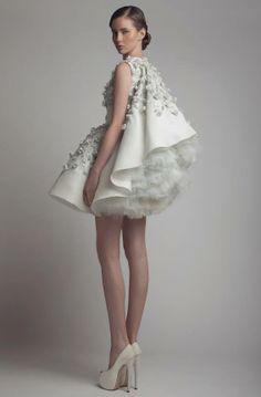 I am dreaming of this dress in my life, but it's never going to happen!...ASHI STUDIO SS 2014....x