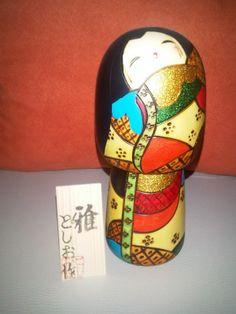 . Japanese Traditional Dolls, Hina Matsuri, Paint Line, Japanese Textiles, Country Crafts, Kokeshi Dolls, Wooden Dolls, Japanese Design, Japanese Culture