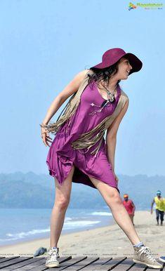 Beautiful Kajal Aggarwal Images HD Wallpapers - Page 8 of 11 - Disqora Hot Actresses, Beautiful Actresses, Indian Actresses, Sonam Kapoor, Deepika Padukone, Kajal Agarwal Saree, Star Actress, Bollywood Actress Hot Photos, Tamil Actress