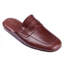 ESCLUSIVE PANTOFOLE UOMO IN PELLE AL BAGATT ARTIGIANALI NUOVE MADE IN ITALY Bedroom Slippers, Leather Slippers, Ciabatta, Clarks, Birkenstock, Flip Flops, Dress Shoes, Loafers, Sandals