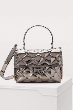 Buy Valentino Valentino Gavarani Candy handbag online on 24 Sèvres. Shop the latest trends - Express delivery & free returns Valentino 2017, Valentino Handbags, Valentino Women, Valentino Shoes, Handbags Online, Purses And Handbags, Fashion Handbags, Fashion Bags, Clutch Bag