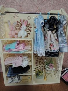 イメージ 2 Diy And Crafts, Crafts For Kids, Diy Doll, Doll Toys, Fashion Dolls, Sewing Crafts, Activities For Kids, Doll Clothes, Kawaii