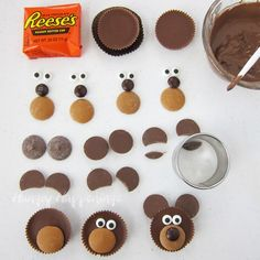 Make Reese's Cup Teddy Bears and add them to chocolate cupcakes to make adorably cute Valentine's Day treats. Make Reese's Cup Teddy Bears and add them to chocolate cupcakes to make adorably cute Valentine's Day treats. Teddy Bear Birthday, Baby Teddy Bear, Teddy Bear Baby Shower, Teddy Bears Picnic, Teddy Bear Cupcakes, Cupcake Videos, Picnic Birthday, Valentines Day Treats, Valentine Cupcakes