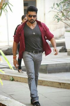 Anjaan Movie FirstLook Images Photos Gallery In HD - Actor Surya Masss Movie First look Trailers Teaser Songs Posters Stills Film Images, Actors Images, Prabhas Pics, Hd Photos, Pictures, Famous Indian Actors, Telugu Hero, Surya Actor, Allu Arjun Images