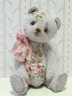 Suzette By Anneli Visnjakova - Bear Pile