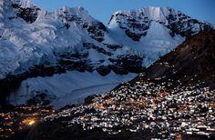 Najwyżej położone miasto świata.  http://republikapodrozy.pl/najwyzej-polozone-miasto-swiata/