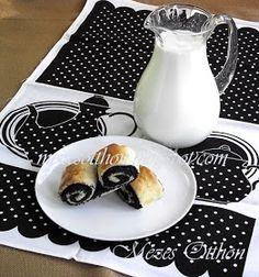 Mézes Otthon: Mákos duplatekercs, de jó is lenne! Jaba, Glass Of Milk, Deserts, Baking, Food, Healthy Nutrition, Bakken, Essen, Postres