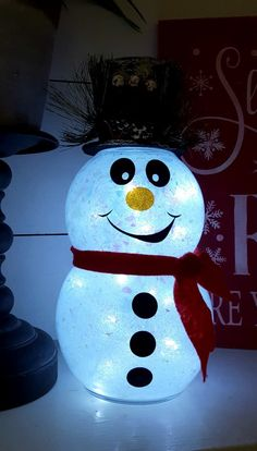DIY Snowman with Glitter and Lights! - Leap of Faith CraftingLove seeing all those cute DIY glitter ornaments? Here's a great easy DIY glitter ornament tutorial to get you started making them!Arts And Crafts Festivals Near MeThese sequin dipped ornam Cricut Christmas Ideas, Snowman Christmas Decorations, Dollar Tree Christmas, Snowman Crafts, Christmas Snowman, Christmas Projects, Holiday Crafts, Christmas Crafts, Christmas Ornaments