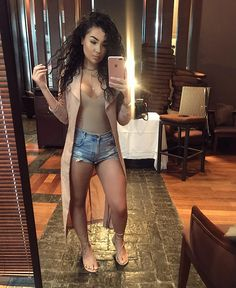 I'm not looking for a come up, I'm building one. Short Outfits, Summer Outfits, Casual Outfits, Cute Outfits, Summer Clothes, Nude Sandals, Everyday Outfits, Sexy Women, Swimsuits