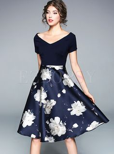 Ericdress is a reliable site offering online cheap dresses for women such as long dresses. Hope you will enjoy the latest dresses like white dresses for women & vintage dresses. Boho Dress, Dress Skirt, Stitching Dresses, Cheap Dresses Online, Dress Online, White Dresses For Women, Spring Dresses, Maxi Dresses, Dress Silhouette