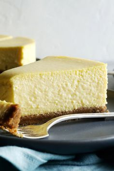 Now, I love cheesecake and I love mangoes, the mangoes best eaten in their natural state, and preferably in the bath But the two together make a dessert that manages to be both comforting and elegant The scented flesh of the fruit does more than add to the taste of the cheesecake: it transforms the texture, too