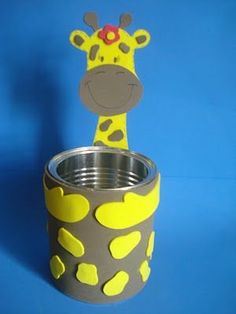 Pick a helper stick holder or for pencils too! Kids Crafts, Tin Can Crafts, Foam Crafts, Diy And Crafts, Paper Crafts, Giraffe Crafts, Animal Crafts, Diy Spray Paint, Pot A Crayon