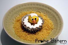 Happy Easter everyone! #vegan #chicken #cupcakes