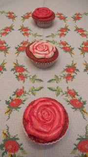 Natali's cooking: Cup cakes red velvet para los enamorados.