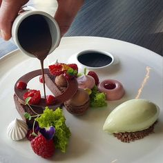 #tbt Chocolate, Mint and Raspberry #figgjo #pastry #pastrychef #patisserie #dessertmasters #dessert #valrhona #valrhonascandinavia