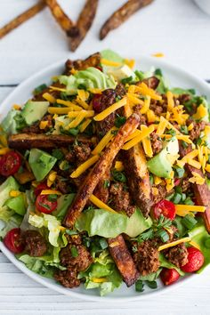 Loaded Cheeseburger French Fry Salad Recipe ~ Oh My Sandwiches, Cooking Recipes, Healthy Recipes, Vegetarian Recipes, Half Baked Harvest, French Fries, Soup And Salad, Salad Recipes, Good Food