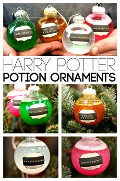 Cosplay Harry Potter Harry Potter Potions DIY Ornaments - Know someone obsessed with Harry Potter? They will go nuts over these simple DIY Harry Potter Potions turned into Christmas Ornaments! Harry Potter Christmas Decorations, Harry Potter Ornaments, Harry Potter Christmas Tree, Hogwarts Christmas, Noel Christmas, Diy Christmas Gifts, Christmas Ideas, Deco Noel Harry Potter, Harry Potter Torte