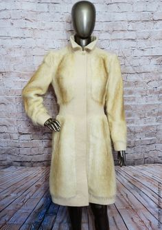 Купить или заказать Пальто из нутрии в интернет-магазине на Ярмарке Мастеров. Пример перешива шубки из нутрии на стильное пальто и жокейку . Для перешива подойдет норка , мутон , каракуль , бобер .