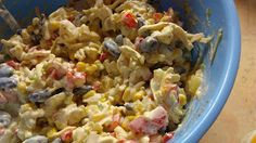 Ania mama Agnieszki: sałatka z serem, kukurydzą, fasolą i ananasem