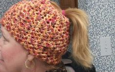 I finished this Ponytail Hat just a few minutes ago. I don't look good in any type of hat, but isn't it a cute idea though? I got the patte...