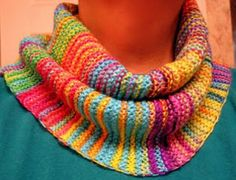Granddaughter Easy Knit Cowl   AllFreeKnitting.com